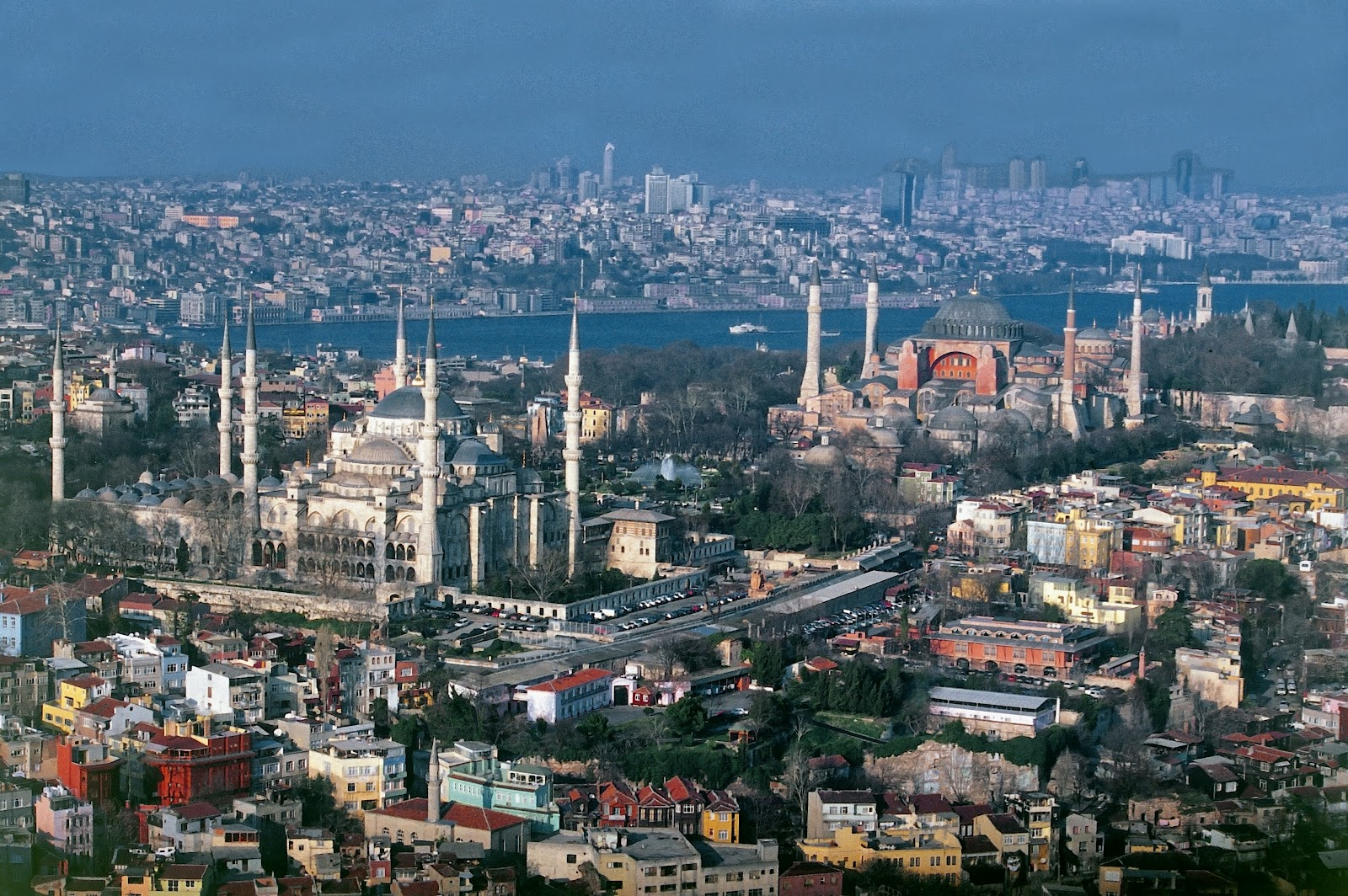 turkey city Turkey: major cities istanbul is situated on either side of the bosporus, in both europe and asia it is the largest city in turkey for nearly 400 years istanbul was the capital of turkey.